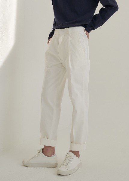 tapered cotton trousers white